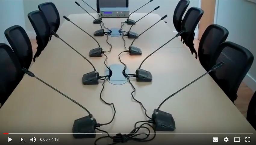 « Numérotation » du système de microphones de conférence